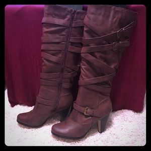 Shoes - Red Brown Boots. Size 11.